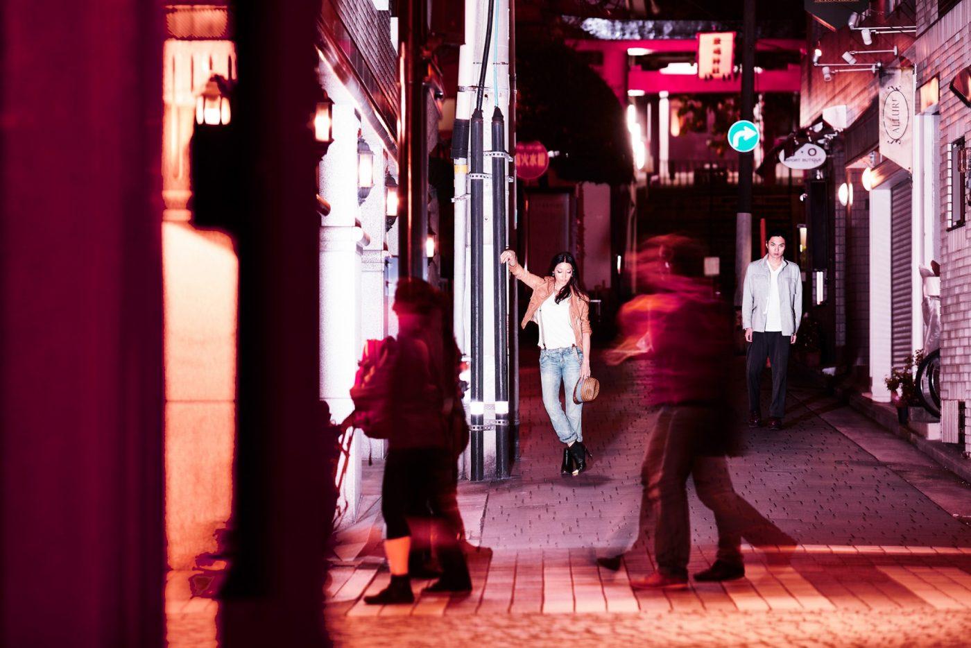 Night in Cherry Red - Japanischer Fotograf Kazunori Nagashima