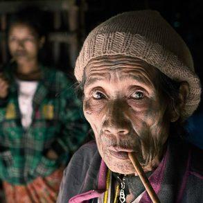 Die tätowierten Frauen der Chin in Myanmar