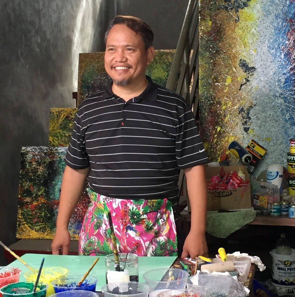 Künstler Gilbert Calderon Angeles aus den Philippinen